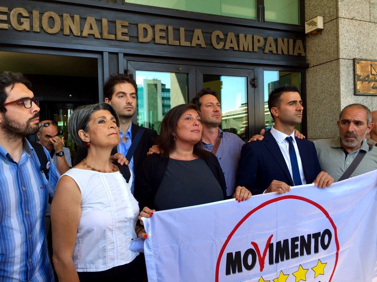 Campania, #StopVitalizi: la proposta del Movimento 5 Stelle