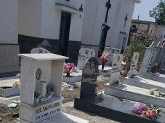 Terzigno, devastazione nel cimitero