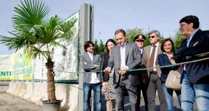Afragola, il sindaco Tuccillo inaugura il nuovo centro di raccolta degli ingombranti