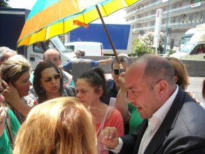 Euromercato-il-sindaco-di-Casoria-calma-i-manifestanti