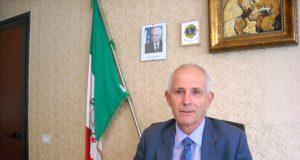 Acerra, il preside del liceo de' Liguori, Carmine De Rosa