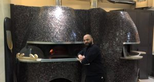 Gaetano Paolella nella nuova pizzeria
